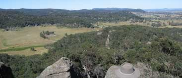 More views from the lookout from your farmstay accommodation at Franks Breakaway, Mudgee0Rylstone